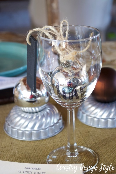 Silver ornament wine glass tag | Country Design Style | countrydesignstyle.com