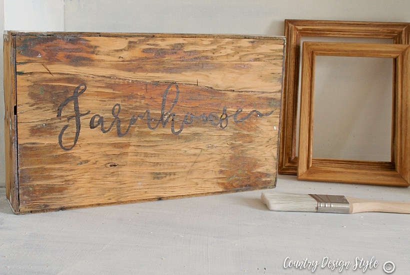 Sign or thrift store cheap wood crates | Country Design Style | countrydesignstyle.com