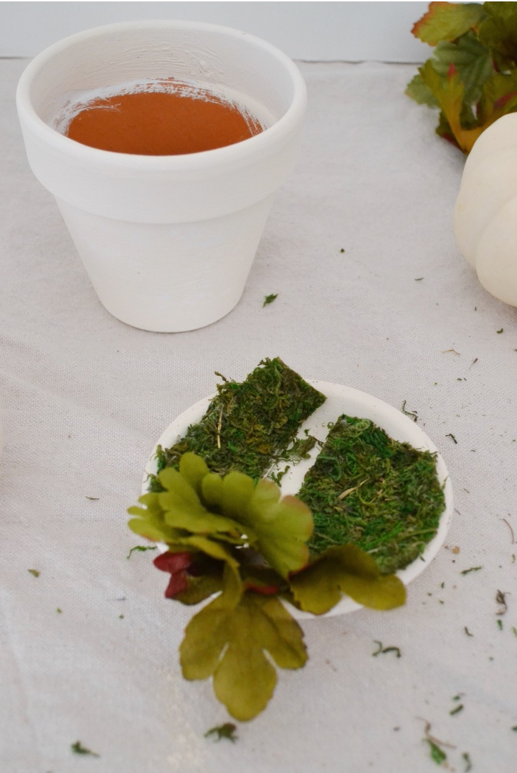 Match paint to Pumpkin Decor faux leaves