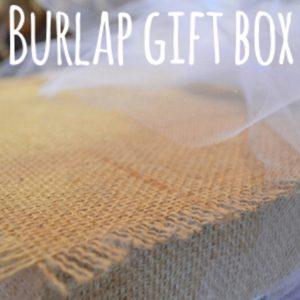 Burlap gift box sq