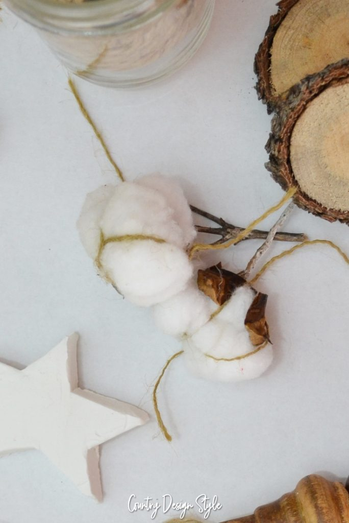 Cotton bolls for ornament tree