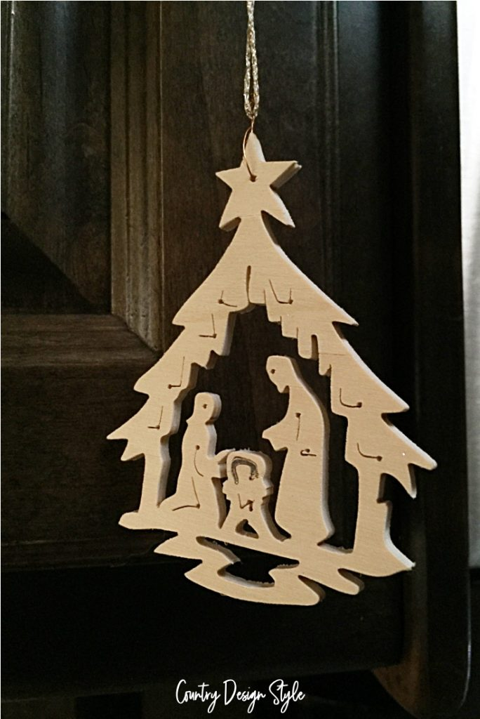 Tiny Christmas manger