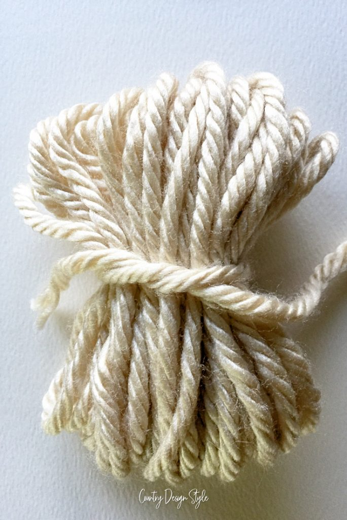 lose yarn knot