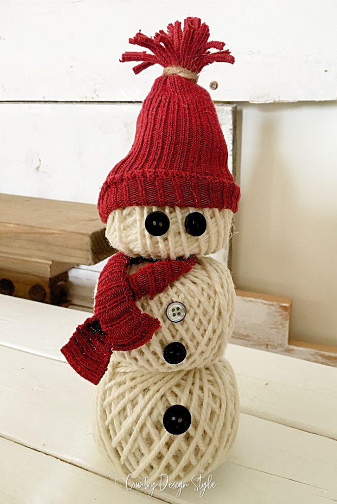 Sweet white twine snowman