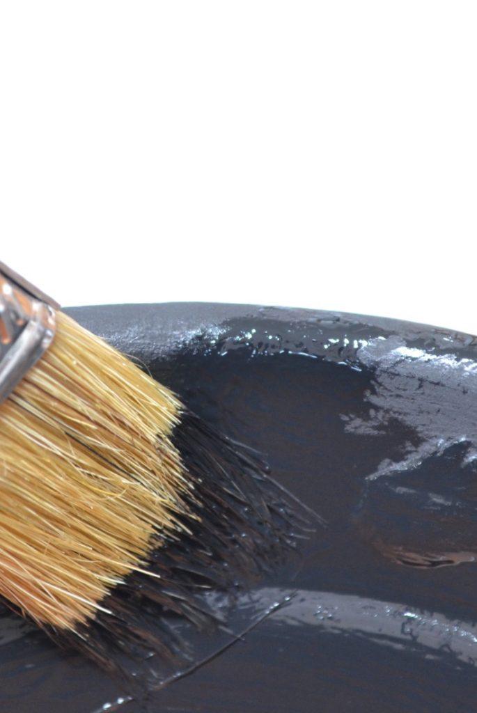 brush on pot